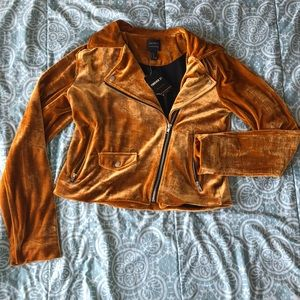 Brand new-Forever 21 Contemporary Velvet Jacket